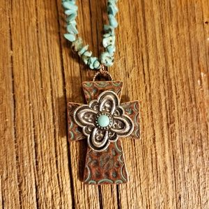 Jewelry - Turquoise flower cross necklace